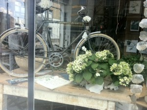 Bicycle_Shop_Window